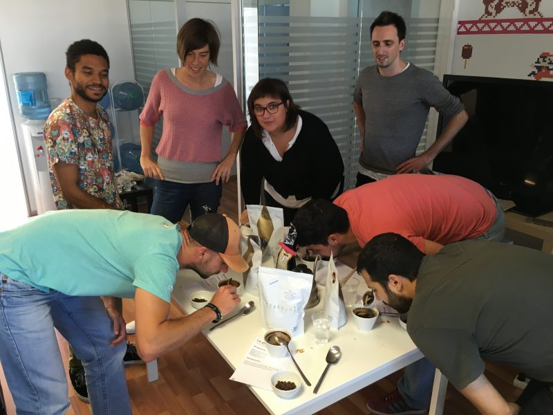 A coffee tasting workshop at the Mobile Jazz office in Barcelona to teach and understand the importance of quality in the service we provide to our customers.
